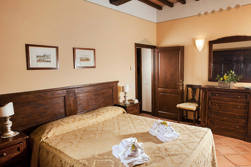 90 Square Meters 968 Feet Bedrooms It Has 2 Each With A Queen Sized Bed If Desired The In Second Bedroom Can Be